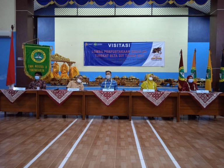 Visitasi Tim Juri Lomba Perpustakaan Tingkat SLTA DIY Ke Perpustakaan Widura SMK N 3 Yogyakarta