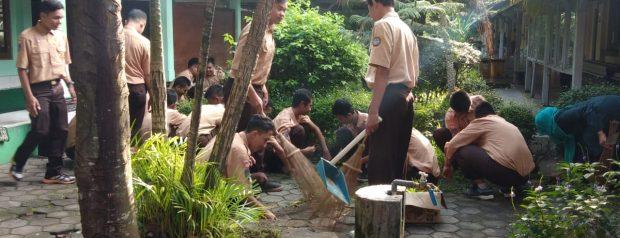 SMK N 3 Yogyakarta adakan Ger Timun Mas
