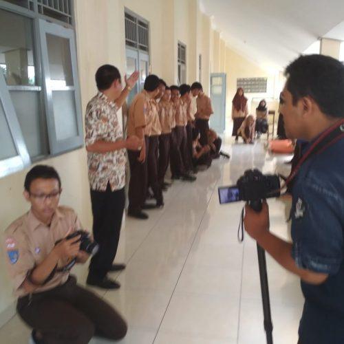 Struktur Organisasi Jasa Desain Bangunan: SMK Negeri 3 Yogyakarta Laksanakan Simulasi Tanggap